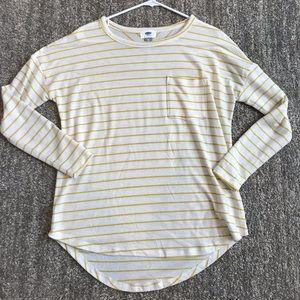Old Navy sz XS hi-low shirt
